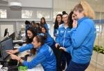 Le ragazze in visita al Messaggero Veneto